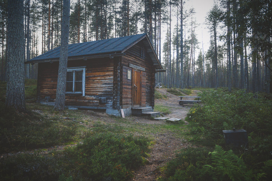Ala-Valkeinen open wilderness hut Hossa national park