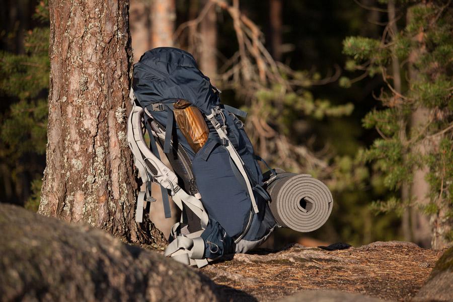 vaellus rinkka anatominen makuualusta Osprey Repovesi kansallispuisto national park lapinsalmi valokuva luontokuva retkeily vaellus