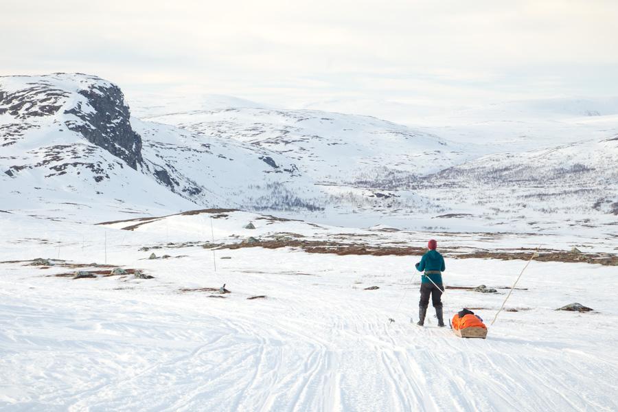 Kilpisjärvi - Halti hiihtovaellus talvivaellus ski hike reitti moottorikelkkareitti