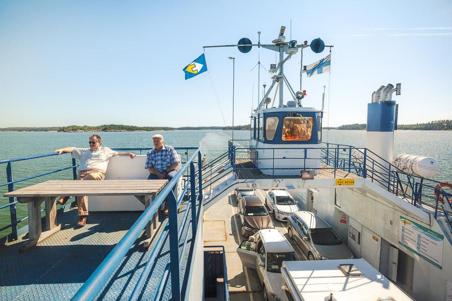 Houtskari-Iniö-lautta Saariston Rengastie