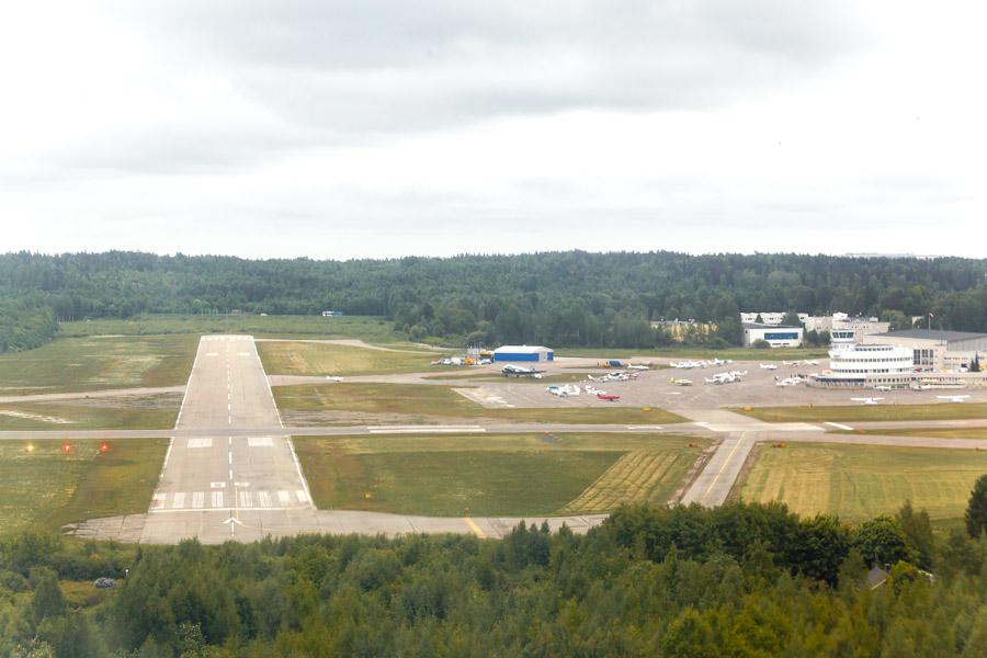 Malmin lentokenttä airport kiitotie runway