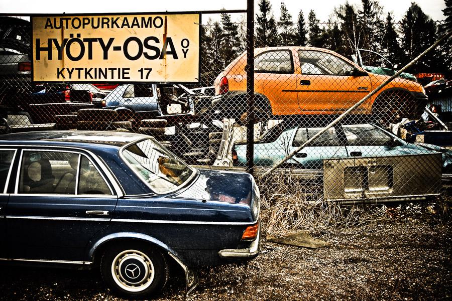 Hyöty-Osa OY Tattarisuo teollisuusalue Helsinki romukauppa romuauto rappioromantiikka valokuva photo photography