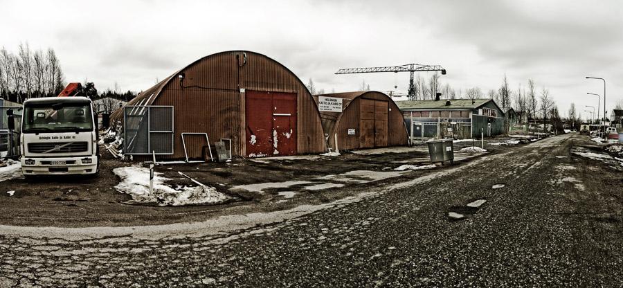 teollisuushalli Tattarisuo teollisuusalue Helsinki romukauppa romuauto rappioromantiikka valokuva photo photography