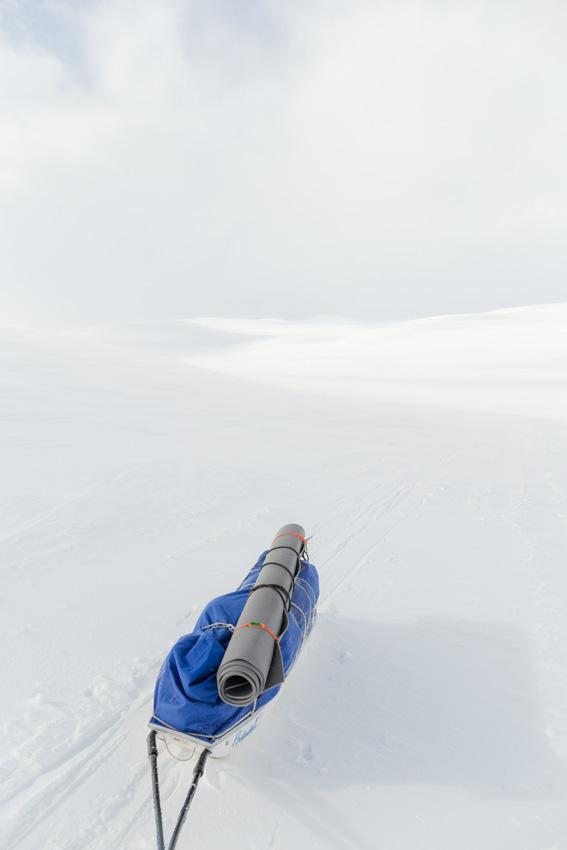hiihtovaellus vaellus talvi Altovaara Kahperusvaarat Gahperusrassa Duolljehuhput tunturimaisema talvivaellus keväthanget ski hike Kilpisjärvi Halti hiihto hiihtovaellus vaellus talvi