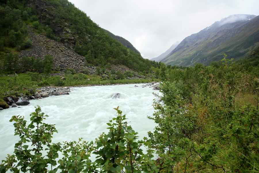 Lyngsdalselva Norway Norja Lyngen Vestbreen hike