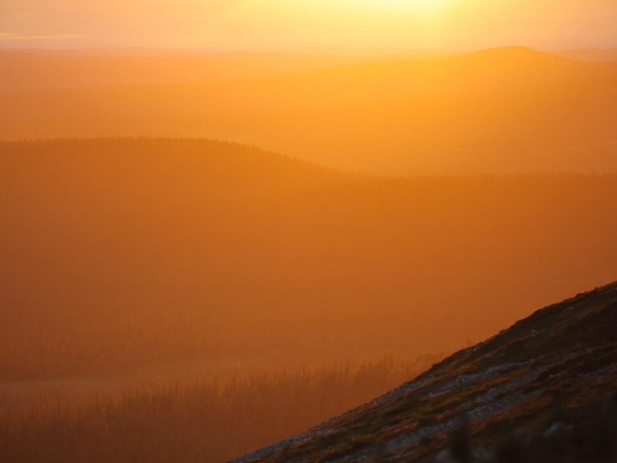 Pallastunturi Pallas Pallas-Yllästunturi National Park kansallispuisto auringonlasku